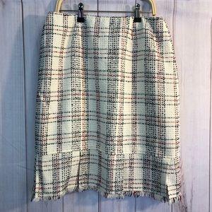 Worthington tweed like fringe skirt size 6